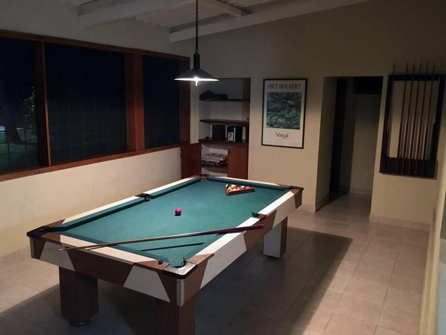 Sala de juegos de la cabaña en Melgar