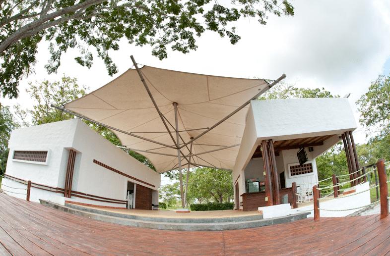 Interior Camping Hacienda Napoles