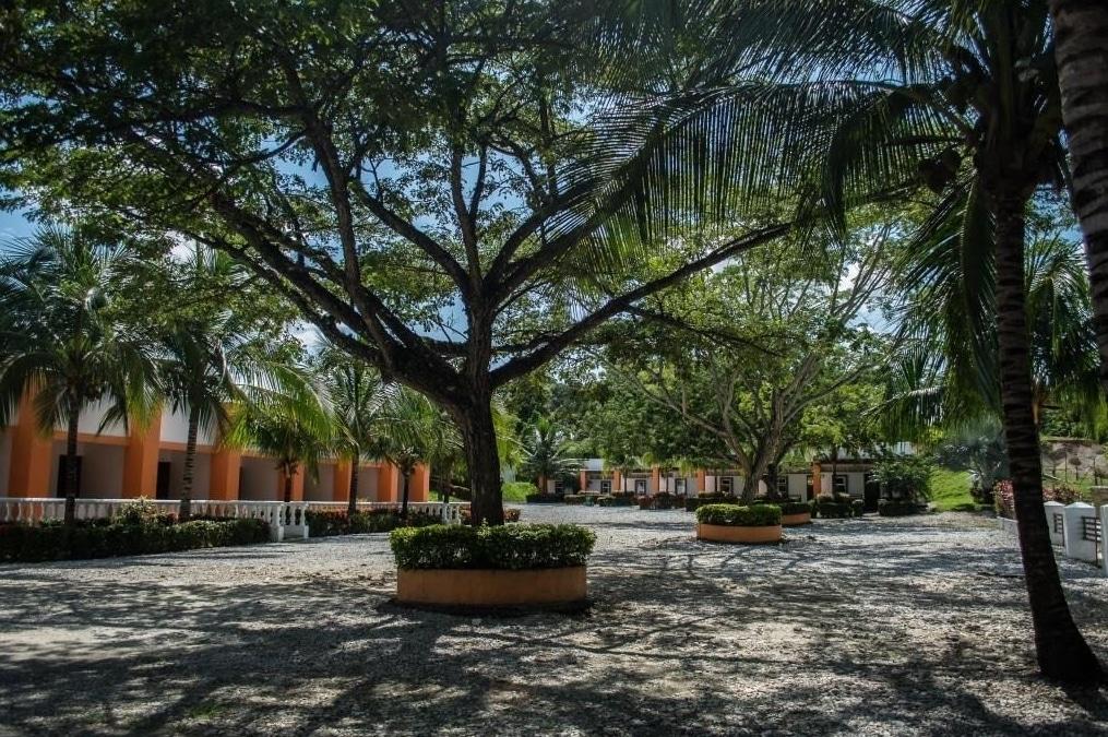 Exterior Hotel Lago Azul